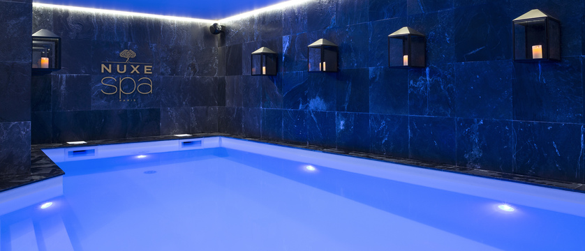 18.Araucaria Hotel & Spa - Piscine HD.jpg